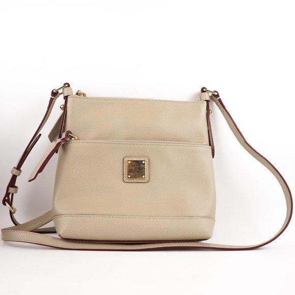 Dooney & Bourke Handbags - Dooney & Bourke Purse Pebble Grain Crossbody Bag